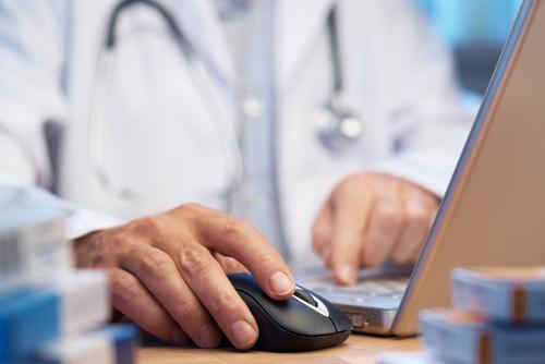 יש אתרים מסוימים המאפשרים אינטראקציה בין הרופא למטופל