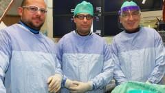 """מימין לשמאל: פרופ' לאנפרואה גרציאני, ד""""ר איגור קוגן וד""""ר מקסים ליידרמן (צילום: פיוטר פליטר, באדיבות דוברות רמב""""ם)"""