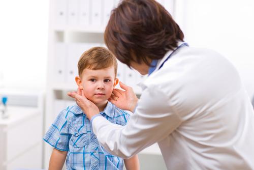 רופאת ילדים (אילוסטרציה)