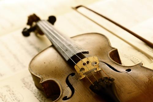 כינור עתיק (אילוסטרציה)