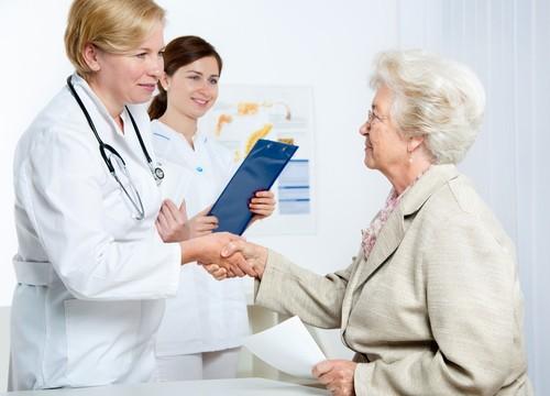 יחסי רופא חולה (אילוסטרציה)