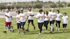 """קבוצת הרופאים והמטופלים בריצת אימון לקראת מרתון תל-אביב (הצילום באדיבות בי""""ח בילינסון)"""