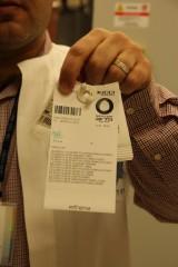 סיום התהליך - כל מטופל מקבל שקית אישית עם תרופותיות