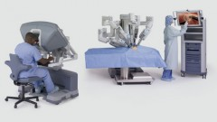הפעלת רובוט לניתוחי כירורגיה כללית (באדיבות דוברות בלינסון)