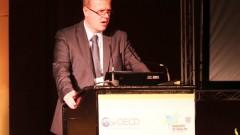 מארק פירסון, ראש חטיבת הבריאות בארגון OECD בהופעה בכנס בתל-אביב (צילום: משרד הבריאות)