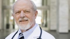 רופא מבוגר (אילוסטרציה)