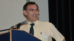 פרופסור יהודה שינפלד בהרצאה