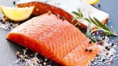 אכילת דגים (אילוסטרציה)