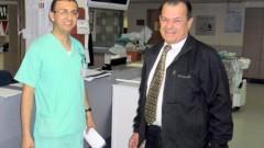 """מימין פרופ' יהונתן חסין, משמאל חאלד עואודה (צילום: מיה צבן. באדיבות דוברות ביה""""ח פוריה)"""