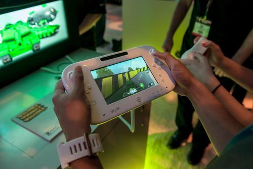 משחק ב-Wii (מקור צילום: Shutterstock)