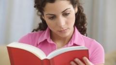 קריאת ספרים כטיפול בבעיות נפשיות (אילוסטרציה)