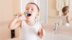 פעוט מצחצח שיניים (אילוסטרציה)