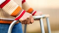 חולה בגיל זיקנה (אילוסטרציה)