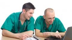 רופאים קוראים (צילום: אילוסטרציה)