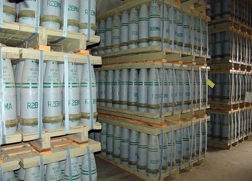 פגזים המכילים גז חרדל במתקן אכסון של הצבא האמריקאי (צילום: ויקיפדיה)