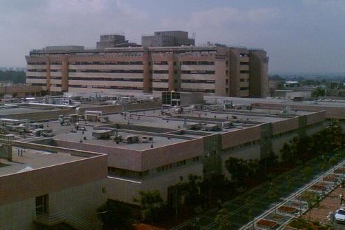 """בית החולים """"שיבא"""" (צילום: ויקיפדיה)"""