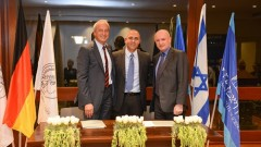 מימין: פרופ' דניאל זייפמן, פרופ' אלון חן ופרופ' פטר גרוס (צילום: מכון ויצמן)
