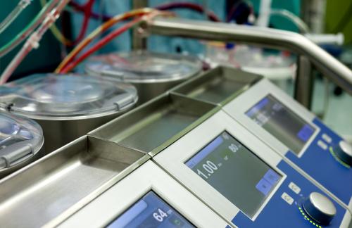 מכונת לב-ריאה (צילום: אילוסטרציה)