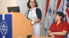 """מימין: ד""""ר דנה צפת וסגנית ראש העיר רחל עזרייה (צילום: """"הדסה"""")"""