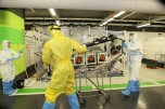 """תרגול טיפול בחולי אבולה בבית החולים """"רמב""""ם"""" (צילום: פיוטר פליטר / רמב""""ם)"""