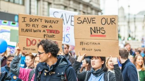 הפגנת רופאים זוטרים בבריטניה נגד הרפורמה המתוכננת (צילום: אילוסטרציה)