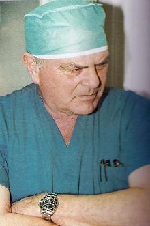פרופ' דני גור (מקור: ויקיפדיה)