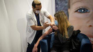 מחקר ישראלי הוכיח: החיסון לקורונה לא פוגע בפוריות האישה